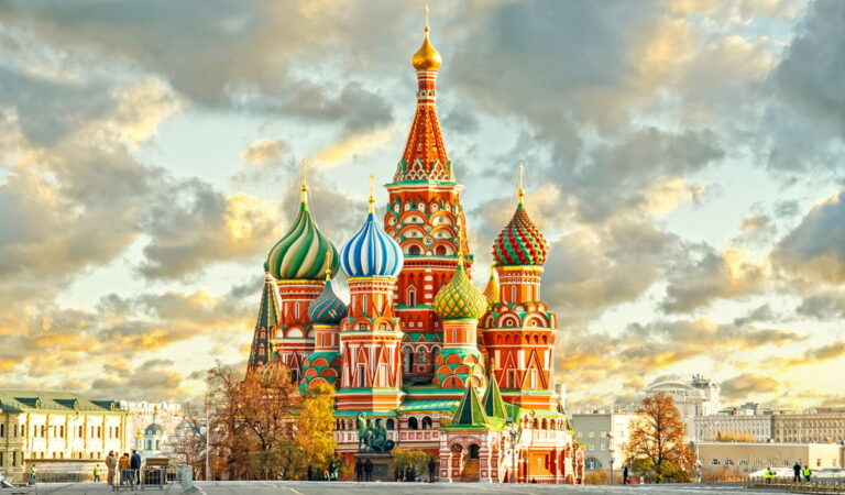 Moscow Attractions List | Top 20 Places!