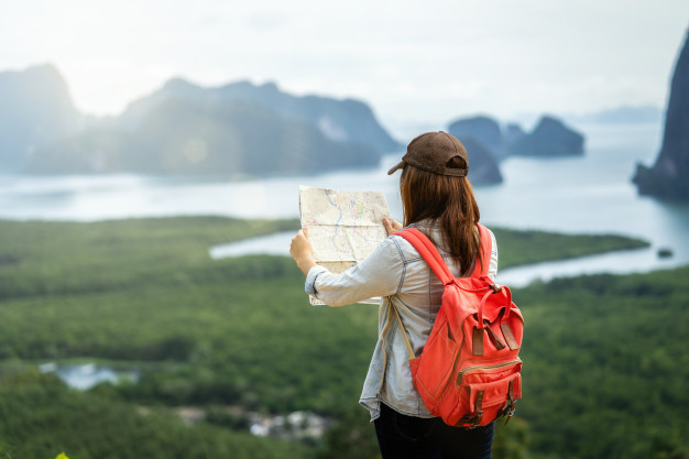 30 practical tips for safe traveling