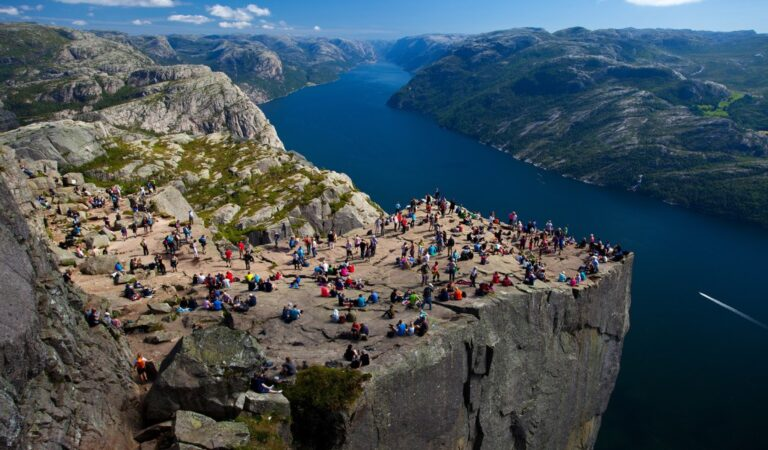 5 Reasons to Take the Norwegian Fjords Journey