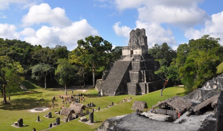 Mayan Pyramids in Guatemala – Temples & Jungle