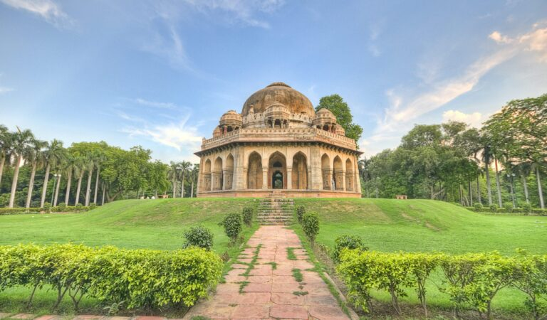 Delhi: The Most Beautiful Sights & Our Tips