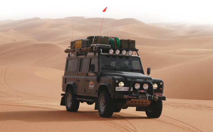 Road Trip Through Tunisia – With Land Rover and Roof Tent Through the Sahara Desert